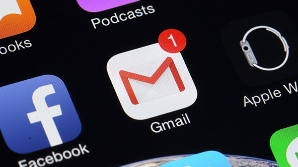 Customizable swipes are rolling out on the Gmail app for iOS