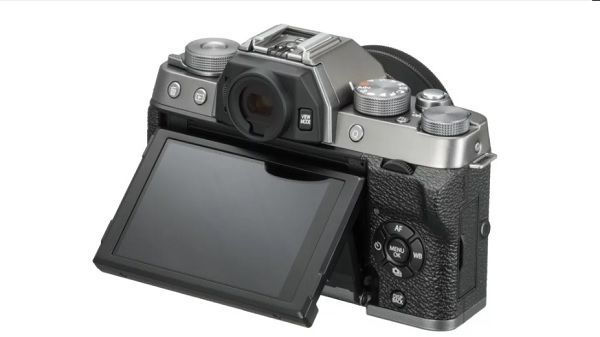 Fujifilm India unveils X-T100 mirrorless camera with 24.2MP sensor
