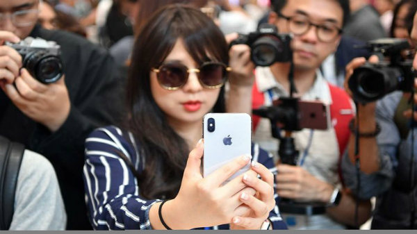 Rich people are likely to own an iPhone: Report