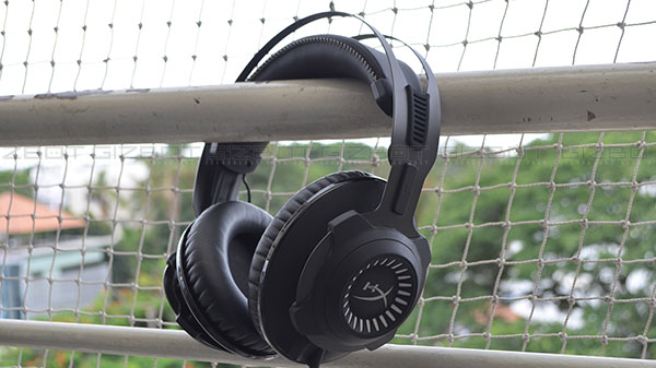 HyperX Cloud Revolver S gaming headset review