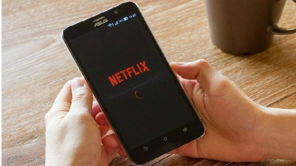 Netflix testing unskippable video promos between shows
