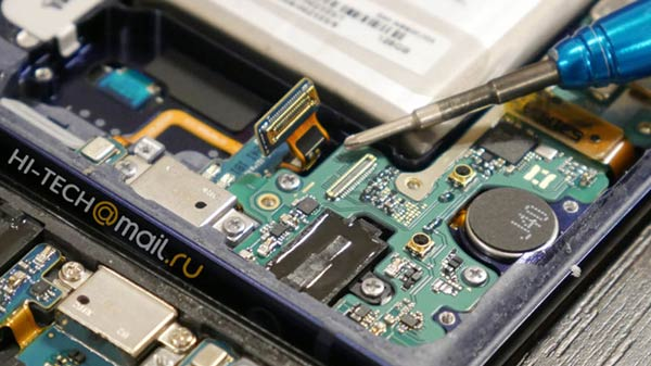 Samsung Galaxy Note 9 teardown reveals company's space-saving approach