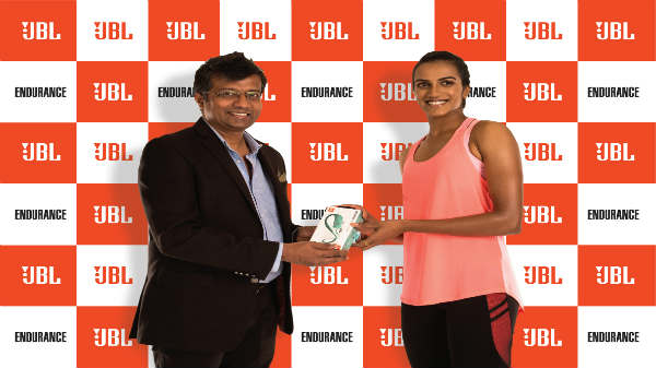 JBL launches new sports earphones