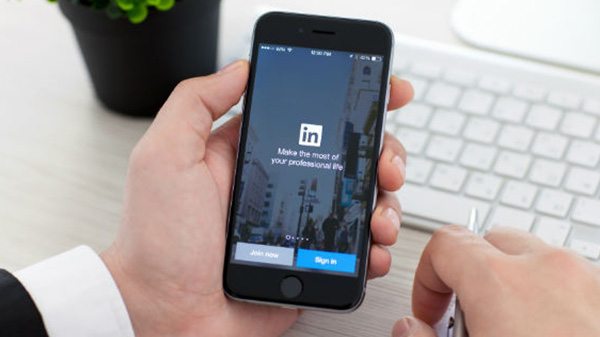How to download all your data from LinkedIn