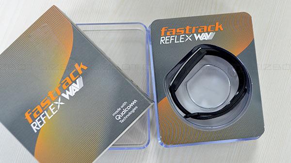 Fastrack Reflex Wav First Impression: World's slimmest smartband with gesture control