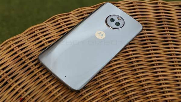 Moto X4 receives Android 9 Pie update: How to download and install?