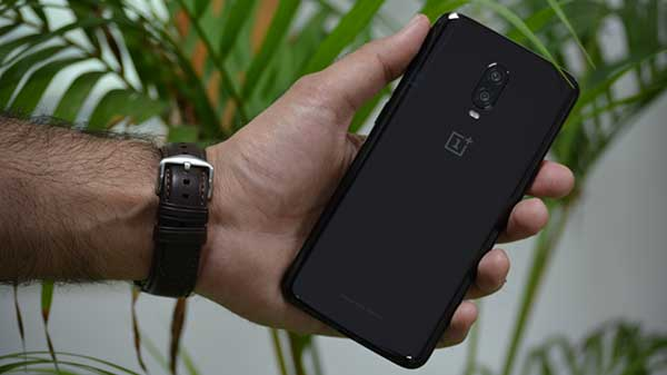 Now might be a good time to switch from iPhones to the OnePlus 6T