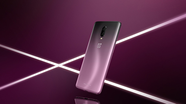 OnePlus 6T Thunder Purple Edition is simply a piece of art