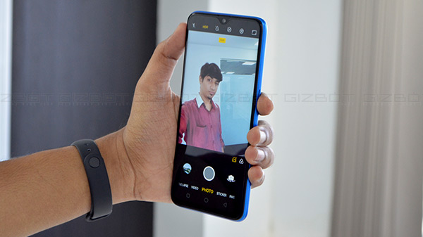 Realme U1 review: Taking selfie-game to the next level with AI