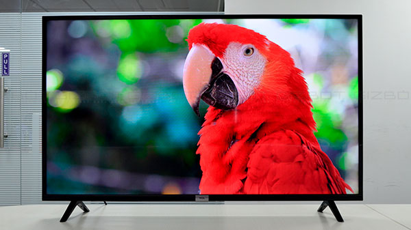 Get Discounts on TCL Smart TVs from Amazon