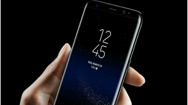 Samsung to use front camera as ambient light sensor for future devices