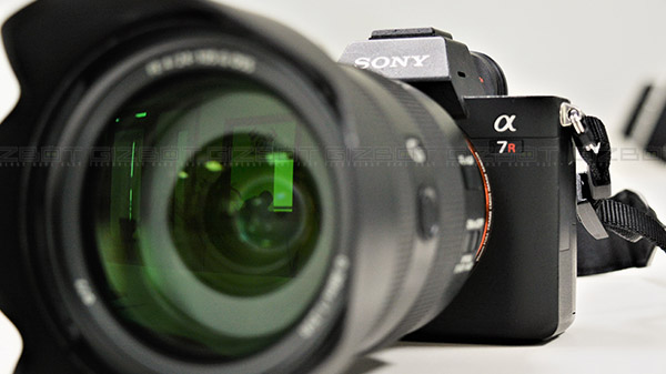 Sony Full-frame α7R III Mirrorless Camera Review