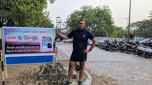 Angry Pixel user puts anti-Google banners in Delhi after poor service