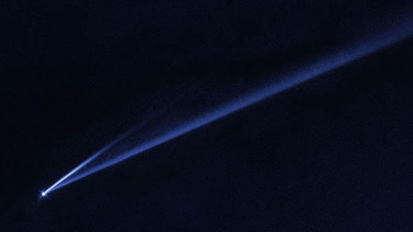 NASA Hubble Space Telescope captures an asteroid falling apart