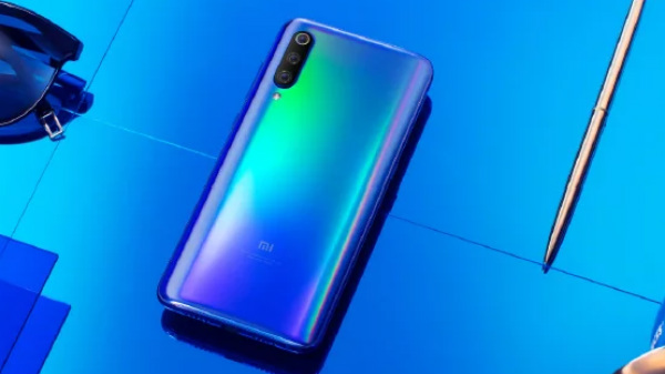 Xiaomi Mi 9 shipped without an LED flash due to quality control issue