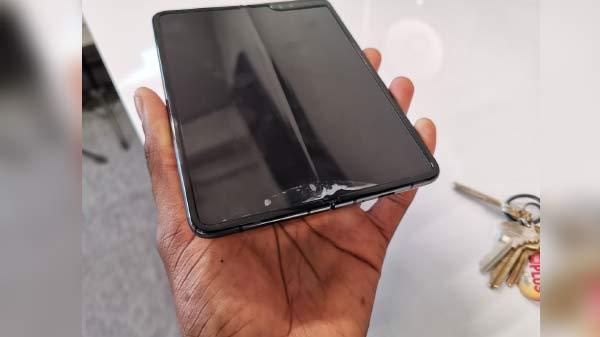 Samsung robot folders reason behind Galaxy Fold failures: iFixit