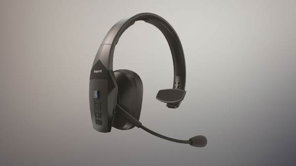 Blueparrot enters India with wireless headsets for enterprises