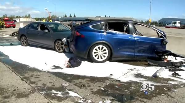 Family of deceased Apple Engineer filed lawsuit against Tesla