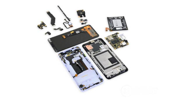 iFixit teardown rates Pixel 3a as Google's most repairable device