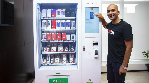 Xiaomi unviels India's first smartphone dispenser: Mi Express Kiosk