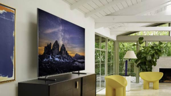 Samsung Launches World's First QLED 8K In India For Rs 59,99,990
