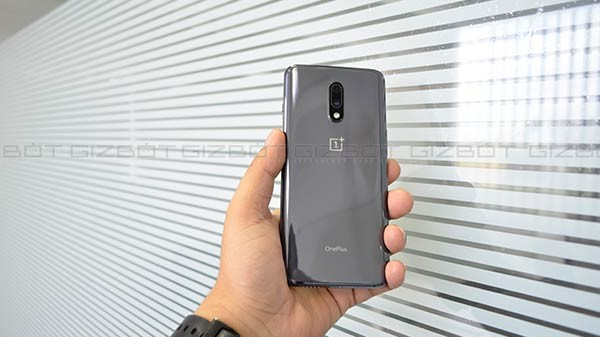 OnePlus 7 OxygenOS 9.5.6 Update Rolling Out In India