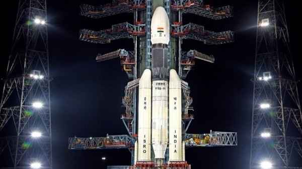 Chandrayaan 2 Loses Communication Just Before Landing
