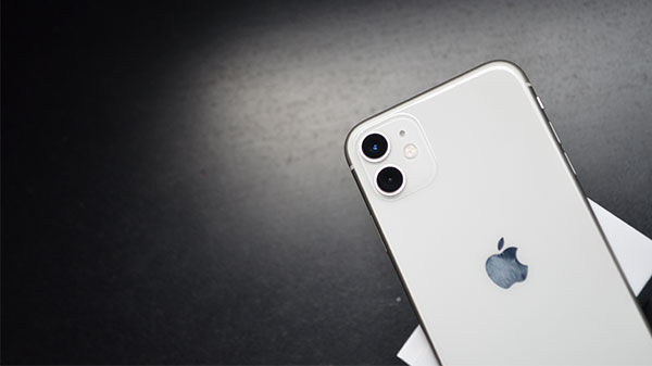 Apple iPhone 11 Review: Computational Powerhouse