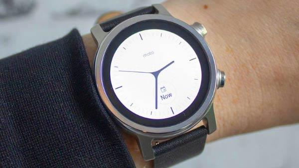Moto 360 Smartwatch Makes Comeback