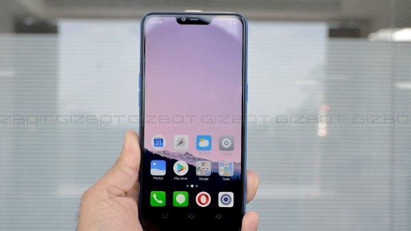 Realme 2, Realme C1 Update Rolls Out: Dark Mode And More