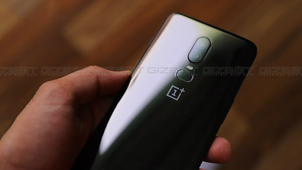 OnePlus 8 Images Leaked; Quad Camera Setup, Punch-Hole Display Revealed