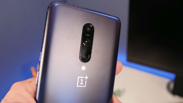 OnePlus 8 Pro To Arrive With Wireless Charging, Improved Warp Charge