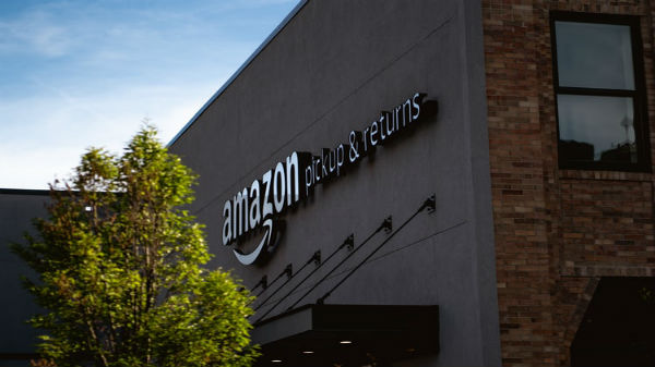 Amazon Employees Leak Data To Third-Party Agencies