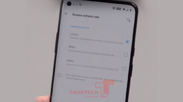 OnePlus 8 Pro Hands-On Image Suggests Switchable 120Hz Display Setting