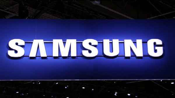 Samsung Faces Decline In Profit In Q4; Apple leads