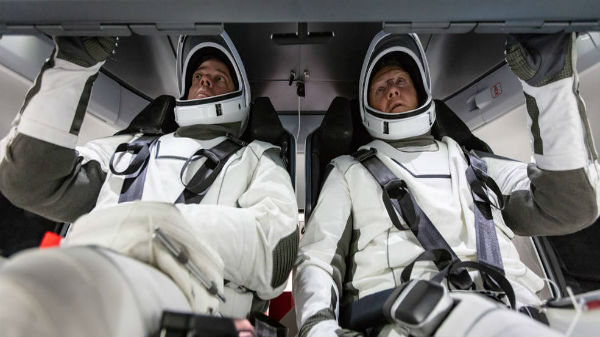 NASA, SpaceX To Test Manned Crew In May