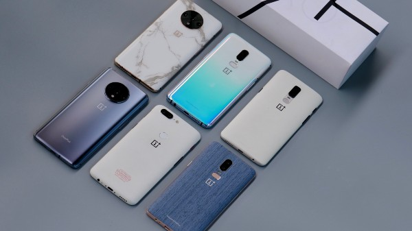 OnePlus 7T, OnePlus 6 Unique Designs Showcased By Company CEO