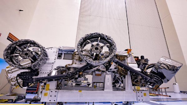 NASA Perseverance Rover Loaded With Essential Gear For Mars Mission