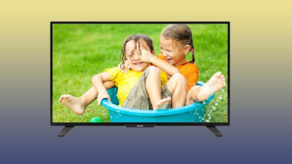 The Philips 50PFL3950 TV is another good option to buy for less than Rs. 30,000. It features a full HD display with a resolution of 1920 X 1080 pixels. Philps has included Pixel Plus HD technology for better details, depth, and clarity with digital noise reduction.