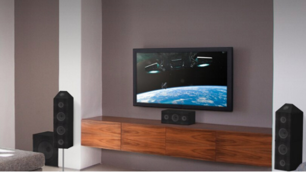 How To Create Your Own Home Theatre Amid COVID-19 Lockdown