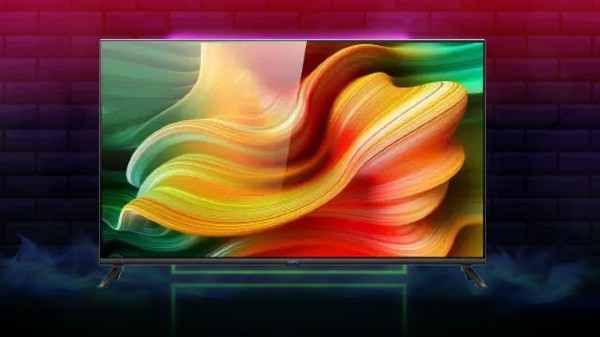 Realme Smart TV First Sale Today At 12 PM: Price And Offers