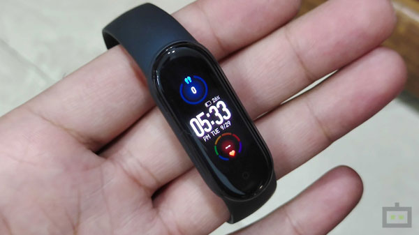 Mi Band 5 Review: Find Me A Better Budget Fitness Band, I'll Wait
