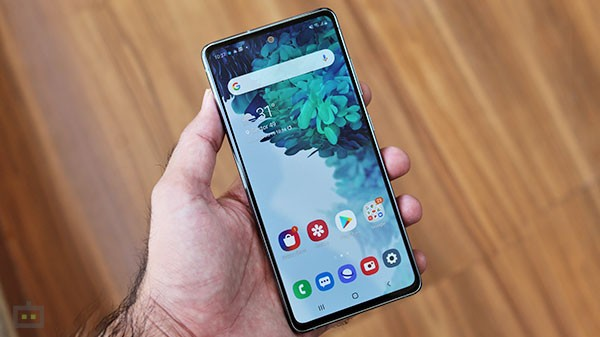 Is Samsung Galaxy S20FE 5G A Threat To OnePlus 9?