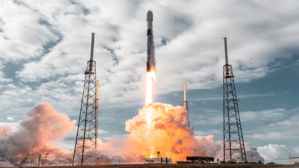 SpaceX Falcon 9 Ninth Flight Successful; Sets New Record