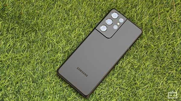 Top 10 Camera Smartphones To Buy At Flipkart And Amazon Sale