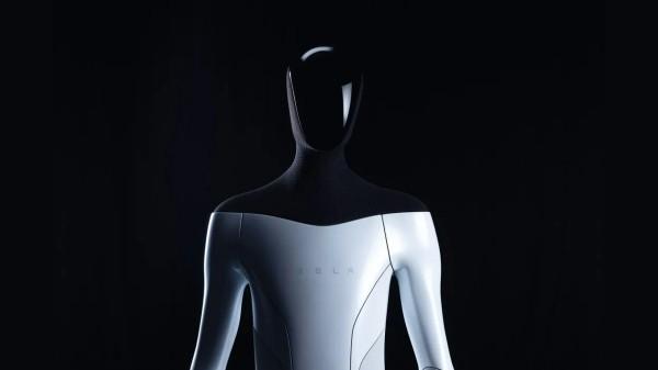 Elon Musk Explains Tesla Bot, The Next-Gen Humanoid Robot