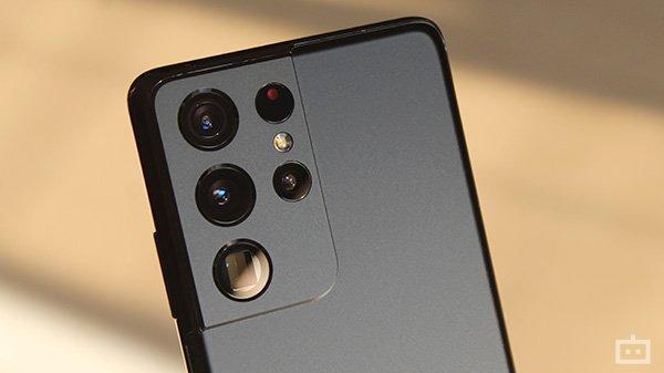 Samsung Galaxy S22 Series Camera Leaks: 50MP RGBW & 200MP Sensor In Store?