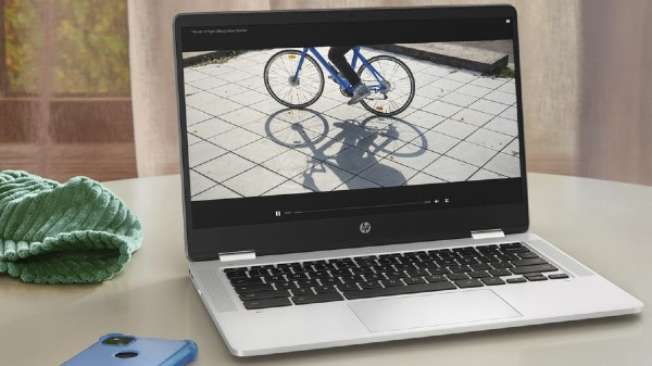 HP's First AMD powered HP Chromebook x360 14a launched