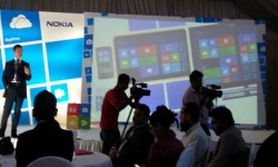 Nokia Windows Tablet Spotted Alongside Lumia 620: Is It Real Or Just A Fake Concept Render?