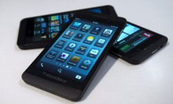 Indian Consumers Say No to Blackberry 10: A Big Yes to iPhone 5 and Galaxy S3